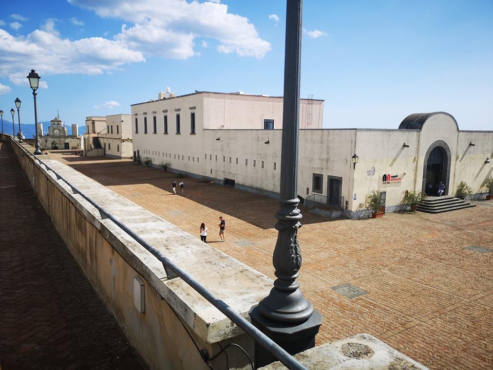 Castel Sant'Elmo terrazza