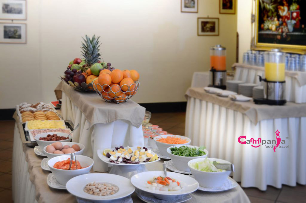 grand-hotel-europa-napoli-breakfast-part-campaniafoodetravel