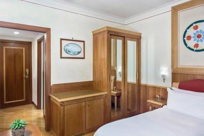 Hotel Reinassance campaniafoodetravel (3)
