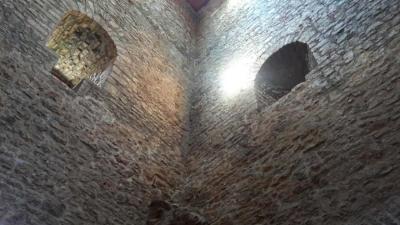 casalbore-interno-torre-normanna campaniafoodetravel