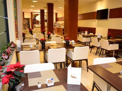 hotel-dei-cavalieri-sala-lobby campaniafoodetravel