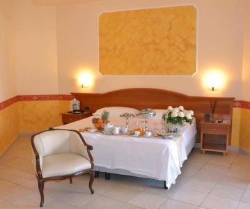 hotel-europa-camera-deluxe campaniafoodetravel