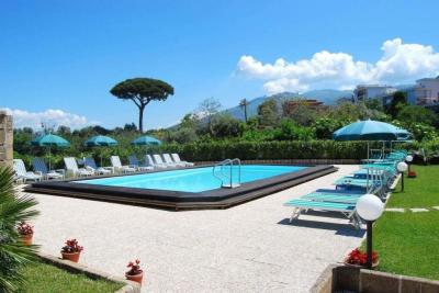 hotel-europa-piscina campaniafoodetravel