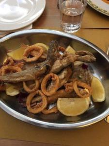Frittura di pesce la Taverna a Santa Chiara