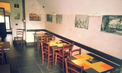 Interno la Taverna a Santa Chiara