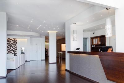 mediterranea-hotel-reception campaniafoodetravel