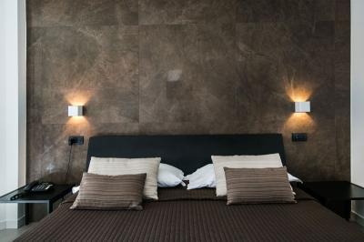 mediterranea-hotel-salerno-camera-superior-matrimoniale-e-doppia cfet