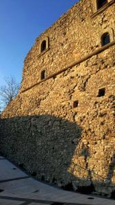 savignano-mura-castello-guevara campaniafoodetravel