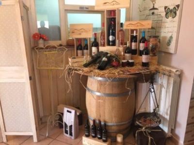 Esposizione di vini Tenuta Le Lune del Vesuvio