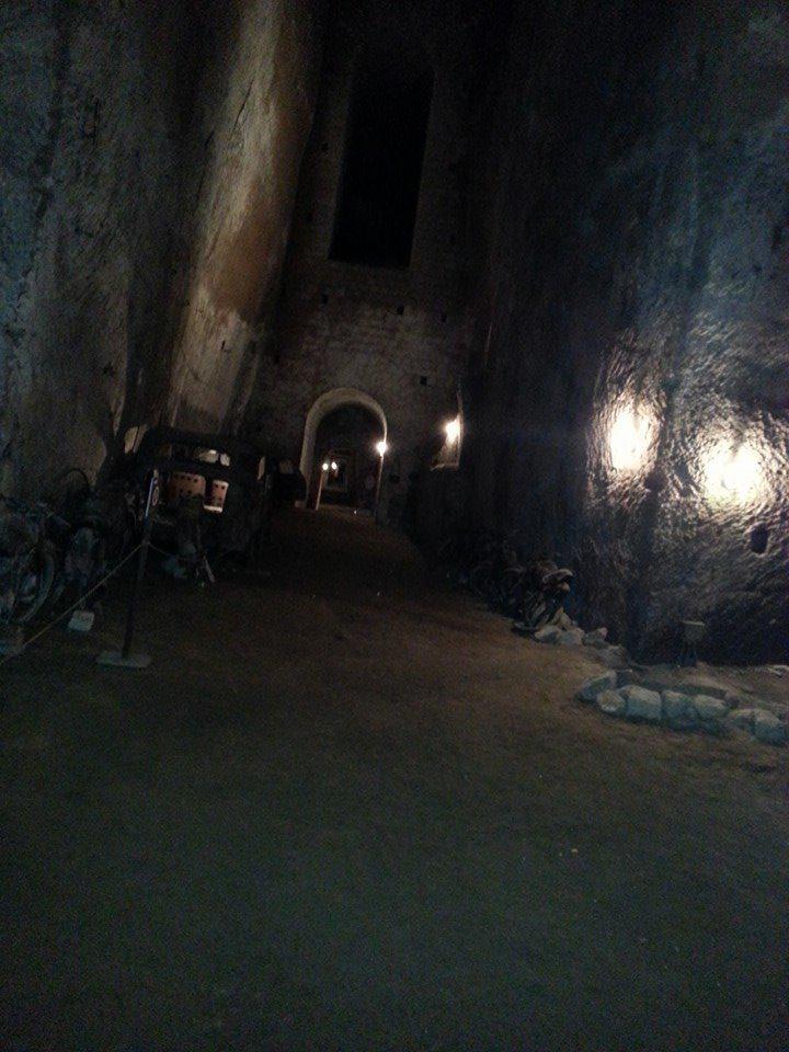 tunnel-borbonico campaniafoodetravel
